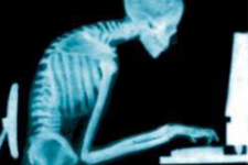 猫背座位姿勢におけるROMと筋活動の違い